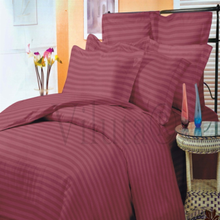 Интересное красное постельное и бордовое