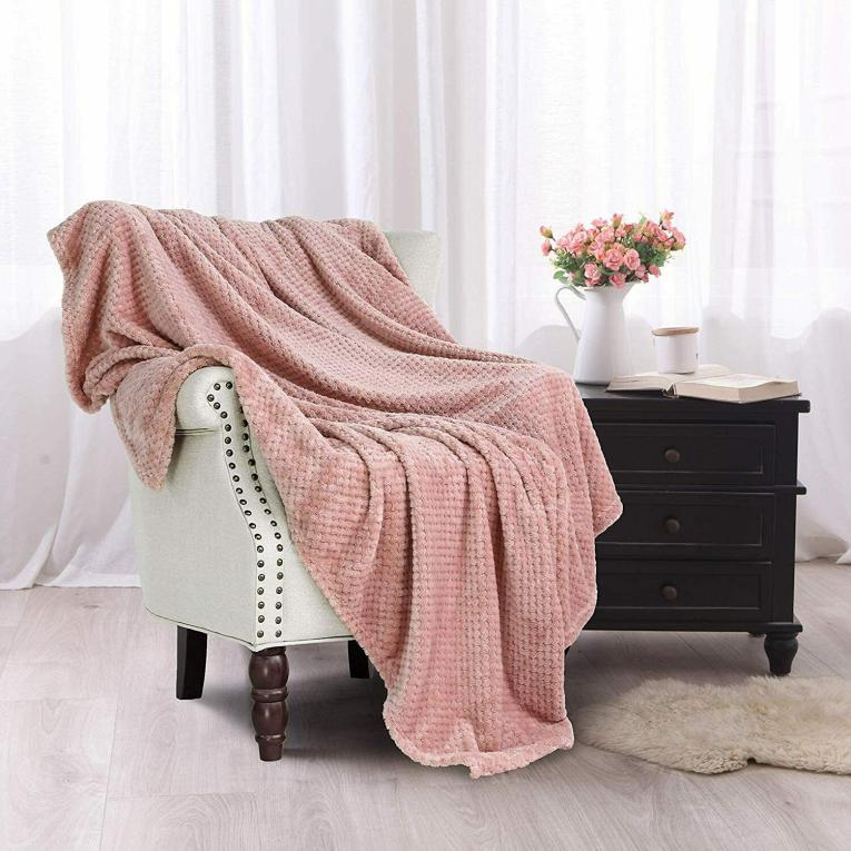 Розовый плед Бамбук Koloco