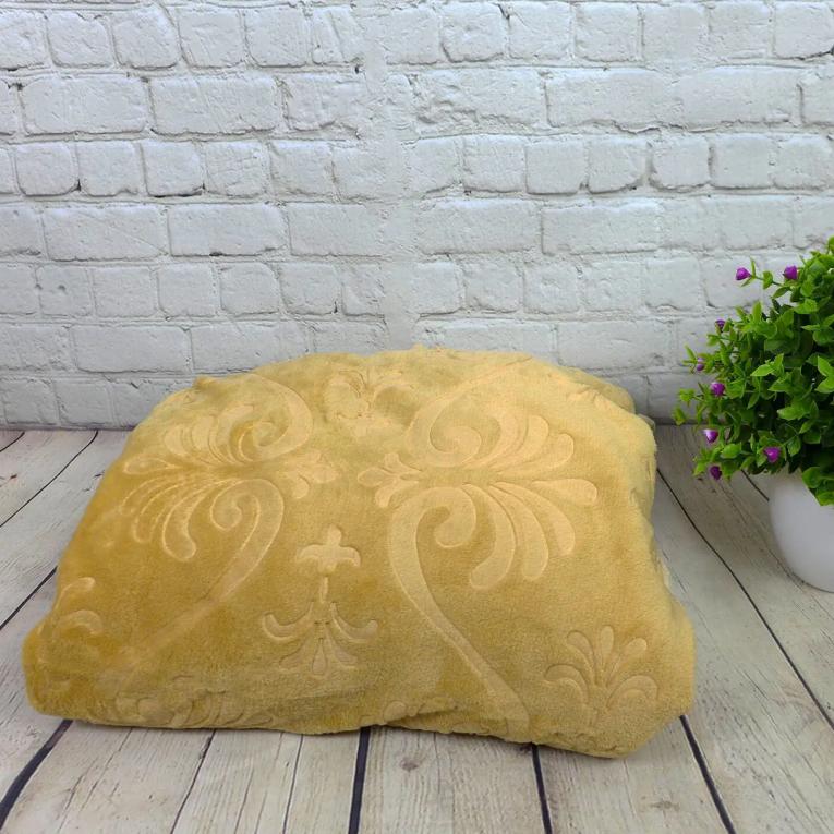 Флисовый плед полуторный Koloco с печатью горчичный