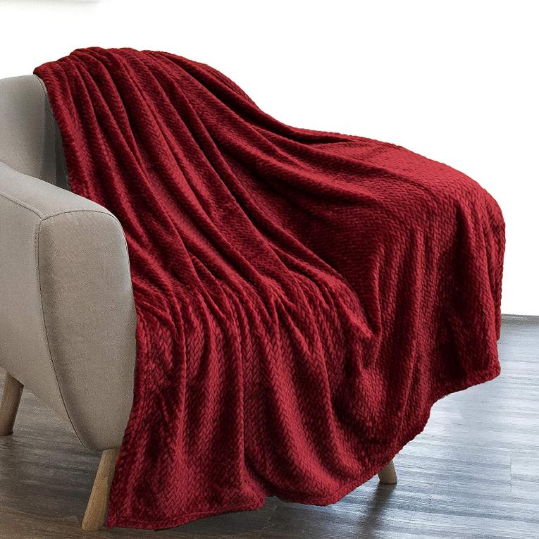Велюровое покрывало на диван и на кровать евро Koloco паркет бордовое